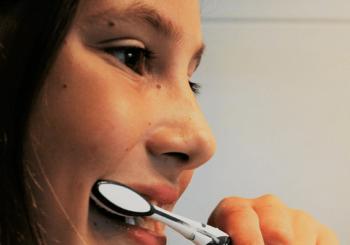 Pflege der Milchzähne